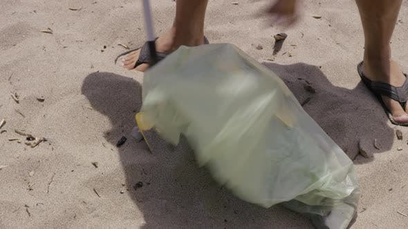 Thumbnail for Beach cleanup