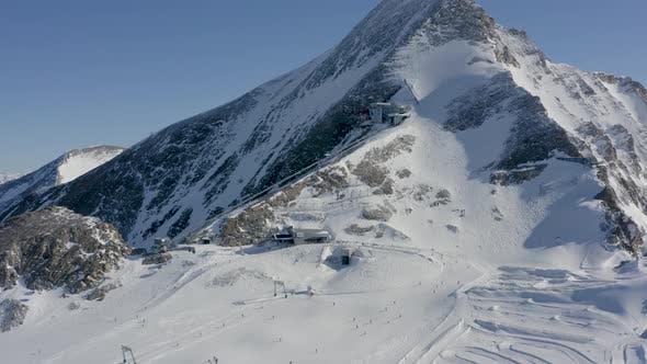 Skii Paradise on the Mountain