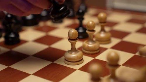 Pawn Kill Pawn