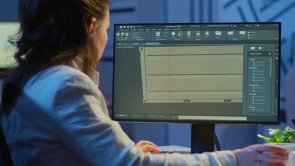 Thumbnail for Freiberufler Architekt, der in 3D -Software arbeitet, um das Containerdesign zu erarbeiten