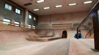 Cool Skateboarding Trick
