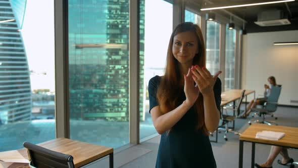 Thumbnail for Applauding, Business Woman Clapping for Team, Indoor