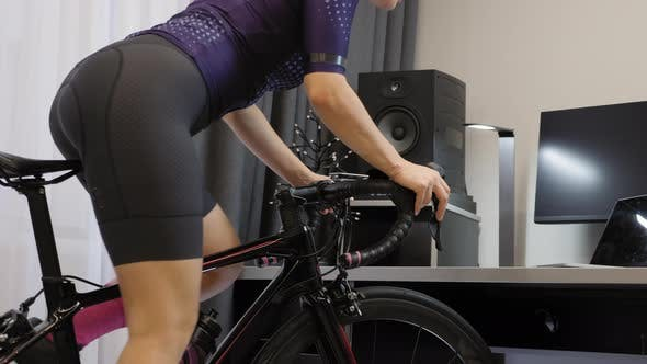 Indoor cycling for weight loss
