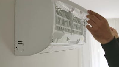 Replacing Air Conditioners Filter