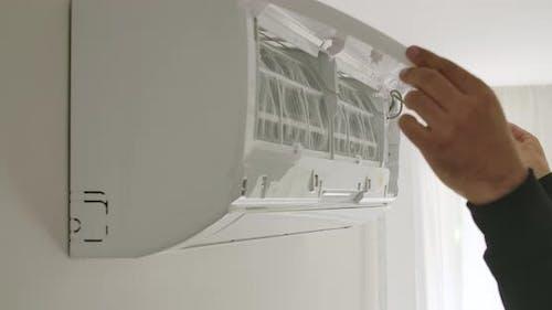Ersetzen von Klimaanlagen Filter