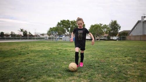 Dribble & Shoot Soccer