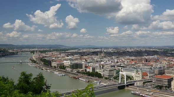 Skyline Time lapse of Budapest from Gellért Hill