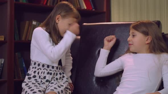 Sisterly Life Concept  Video Prores
