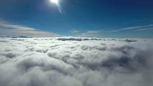 8K Rise Above The Clouds