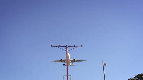 Jet Landing At LAX