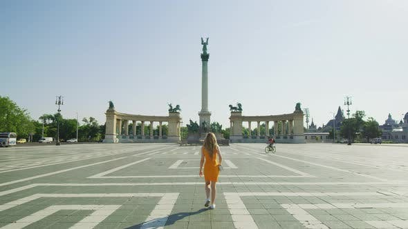 Thumbnail for Walking in Heroes' Square, Budapest