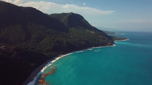 4k 24 Fps Dron Shoot Of Miuntains In The Caribbean Beach With Tropical Colors