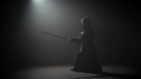 Thumbnail for Kendo Instructor Üben Kampfkunst mit der Katana Katana Shinai