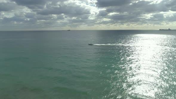 Thumbnail for Luftaufnahme des Ozeans