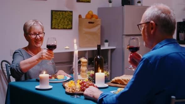 Wein zu Hause rösten