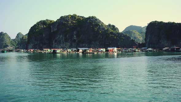Halong Bay Houseboats