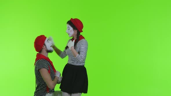 Cover Image for Enamored Mimes On A Transparent Background