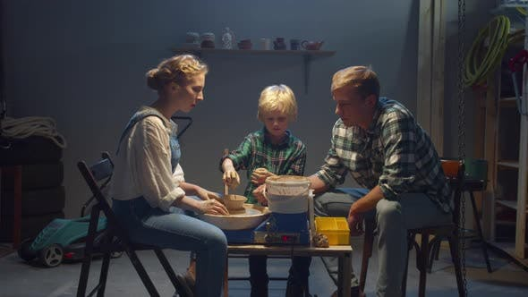 Pottery Lessons for the Whole Family