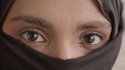 Close-Up of Eyes of Muslim Woman in Niqab