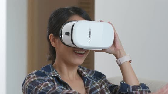 Thumbnail for Woman watch on virtual reality device
