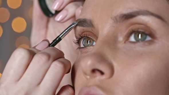 Thumbnail for Shaping a Perfect Brow