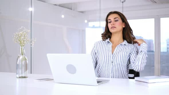 Cover Image for Hispanic Woman Coming to Office after Completing Work