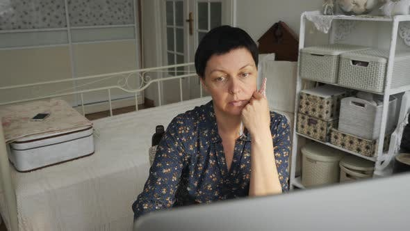 Thumbnail for Woman using a computer