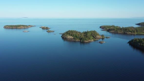 Skerriy in the northwestern part of the Lake Ladoga