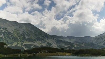 Muratovo Hvoynato Lake Pirin