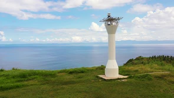 Leuchtturm auf dem Hügel