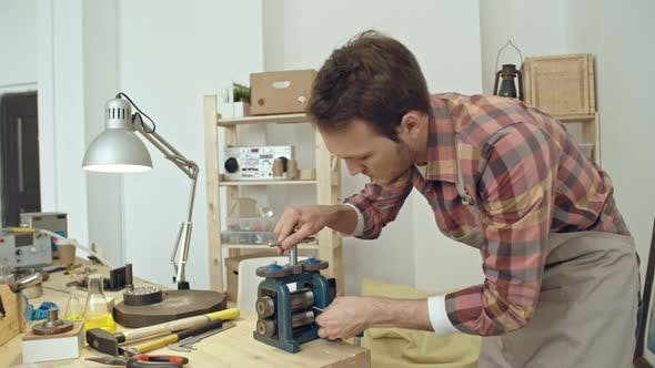Using Jewellery Rolling Machine