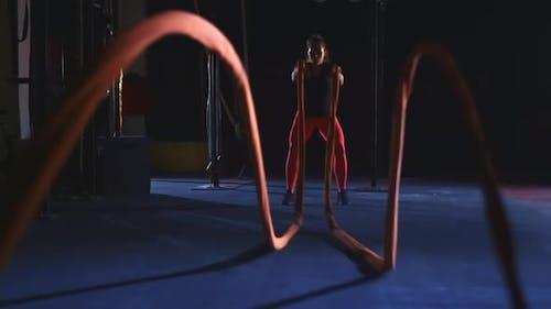 Heavy Battle Ropes Waving