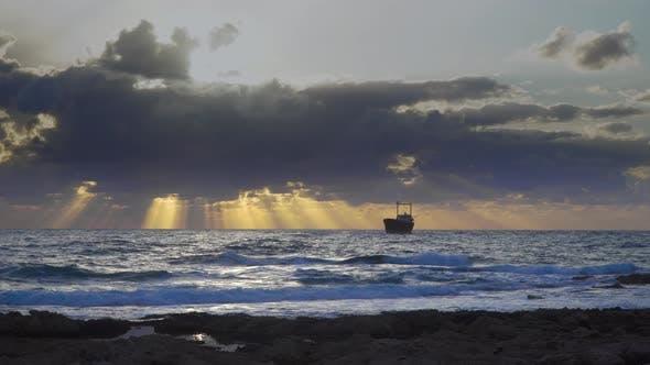 Thumbnail for Coucher de soleil sur la Méditerranée