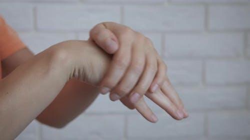Nourishing Cream on Hands.