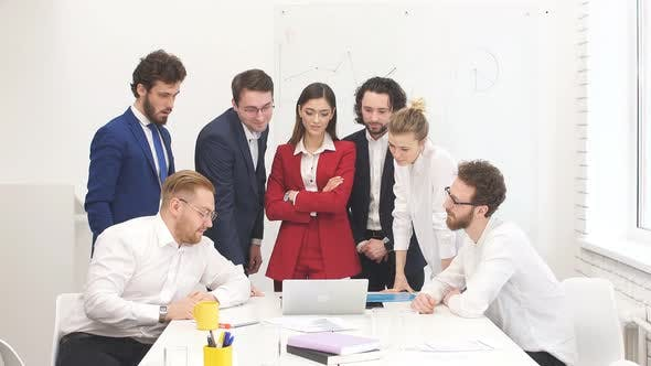 Good-looking Business People Hold Meeting