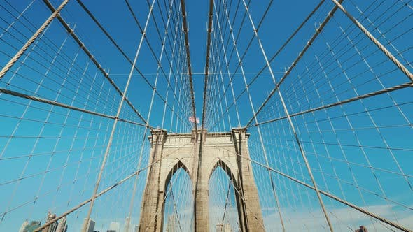 Thumbnail for Wide Angle Shot: Walk on the Brooklyn Bridge
