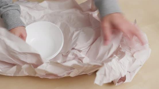 Thumbnail for Unpack of kitchen utensils