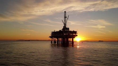 Luftaufnahme einer Offshore-Ölplattform