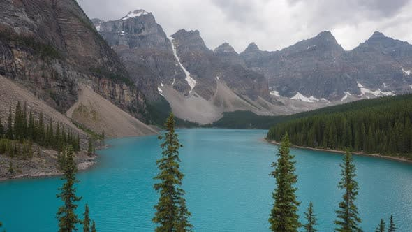 Thumbnail for Timelapse of the Moraine Lake