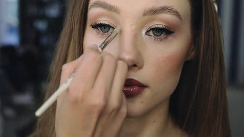 Girl with Perfect Nude Makeup