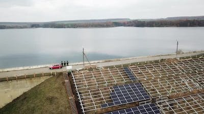 Installing Alternative Energy Solar Panels