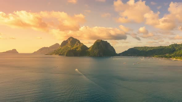 Thumbnail for Corong Corong Beach During Sunset in El Nido