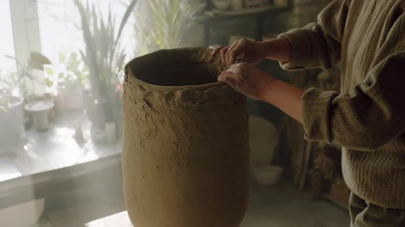 Big Vase Is Being Sculpted By Potter