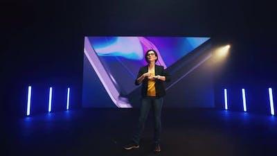 Female Speaker Starting Smart Watch Presentation