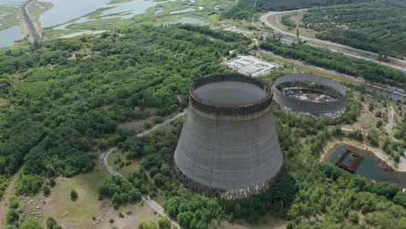 Drohne enschuss von Türmen für Kühlwasser, Tschernobyl