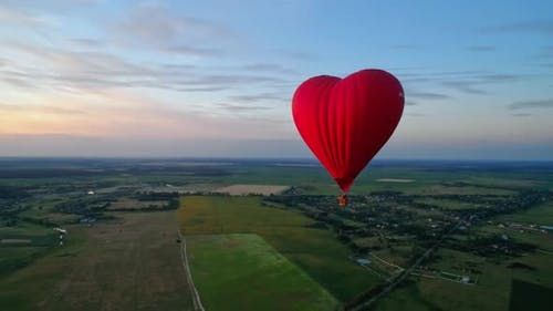 Red airship in the shape of a heart