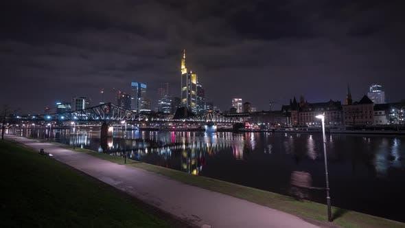 Thumbnail for Timelapse of Frankfurt skyline and Main River