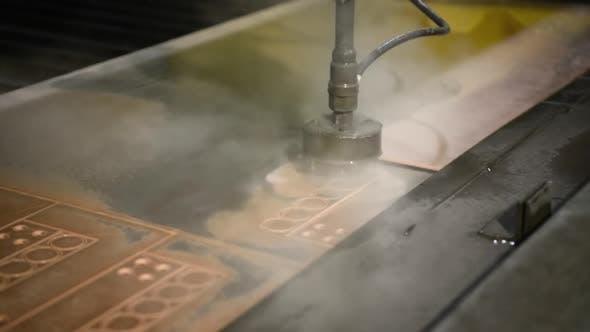 Thumbnail for Fabrik für die Herstellung von Metallprodukten. Wasserstrahlschneidemaschine.