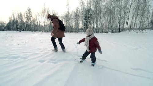 Learning How to Snowskate