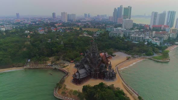 Cover Image for Pattaya Wooden Temple